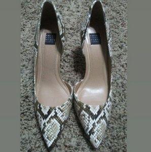 NWT! Snake Skin Print Heels